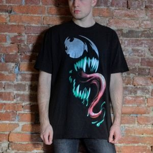 Vintage Venom Marvel Large Graphic Tee Shirt